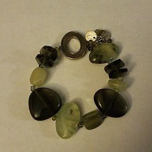 Silpada green stone and sterling stretch bracelet